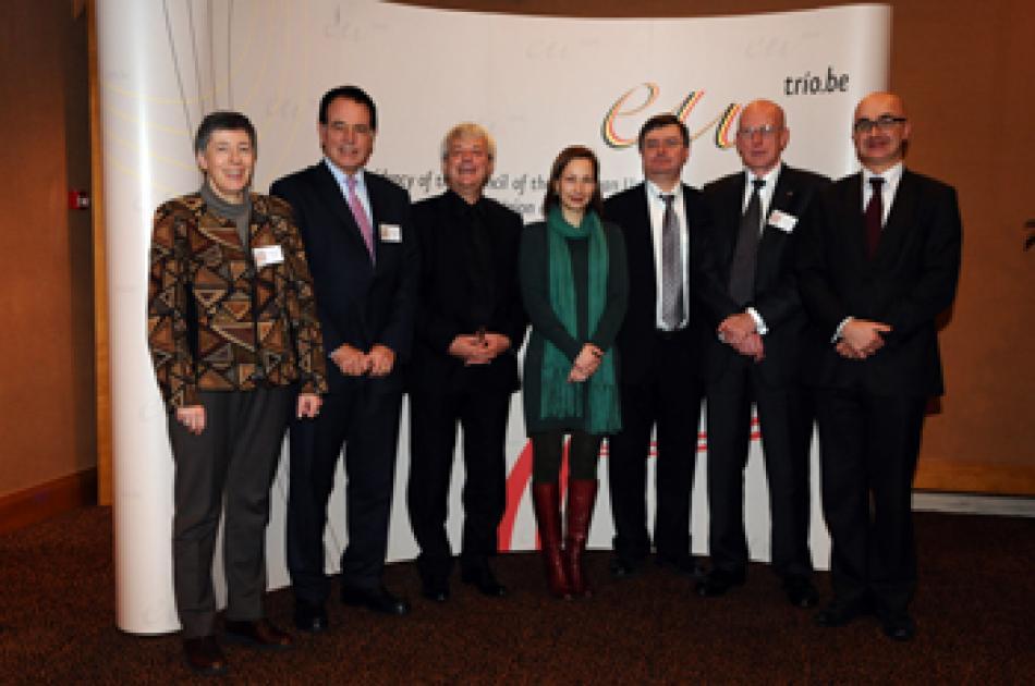 A.M. Perret (EPSU President), J.P. Tricart (EC DG EMPL), J. Leroy (DG Belgium) I. Vervote (Belgian Minister for Civil Service), H. Mullers (General Secretary CESI), C. Cochrane (TUNED Spokesperson), F. Ziegler (EC. DG EMPL)