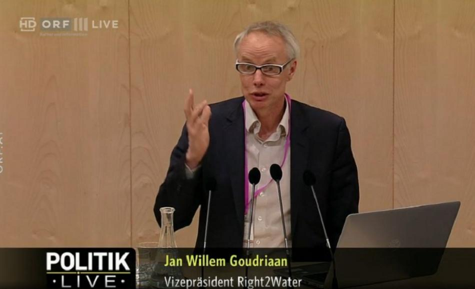 EPSU General Secretary Jan Willem Goudriaan speaking at a Parliamentary inquiry on Drinking Water in Austria, 8 May 2019
