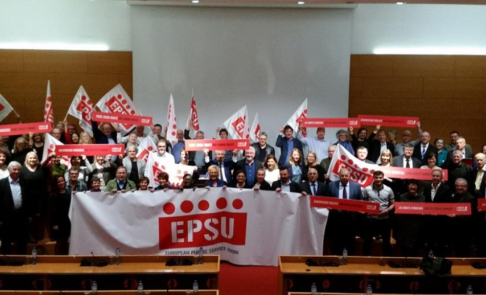 EPSU Executive Committee members, April 2016
