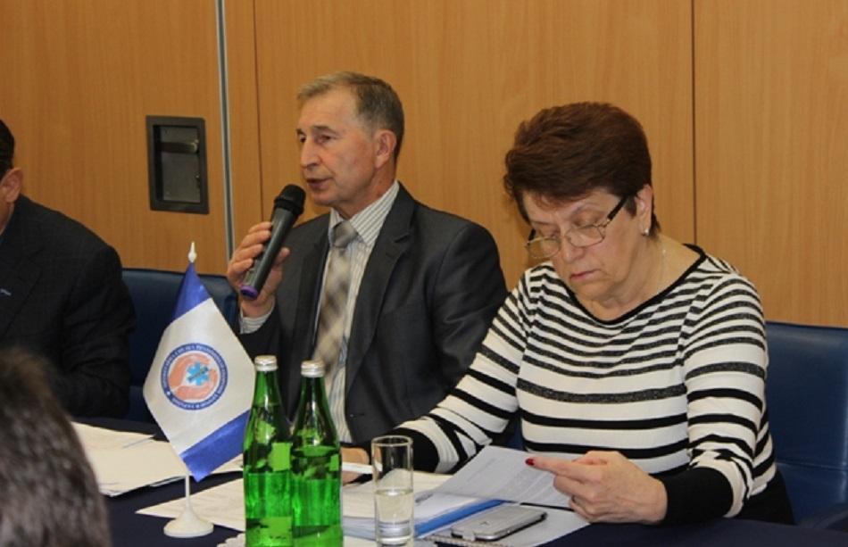 Health Care Reform Seminar Ukraine 15&16 May 2017 Kyiv - Grigory Osoviy, Chairman of the FPU (left), Viktoria Kova, Chairmain of Ukrainian Trade Union of Health Workers (right)