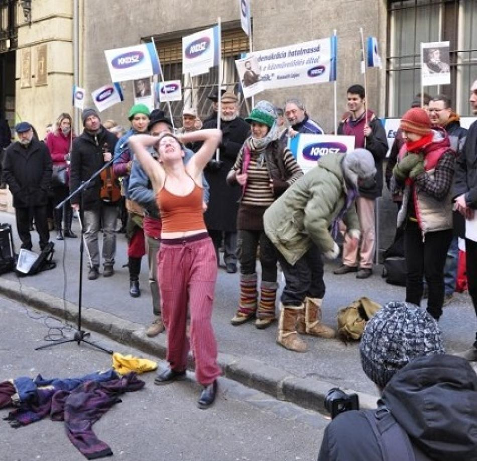 """You can not strip us down further "", Culture Workers action, 20 January 2016, Budapest"