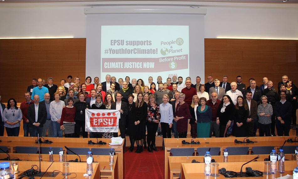EPSU Executive Committee members support YouthForClimate actions, 12 March 2019