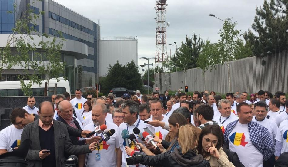 Air traffic controllers on strike 12 May 2017 Bucharest