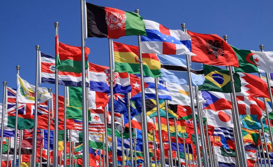 Flags all nations©CanStockPhoto ArtImages