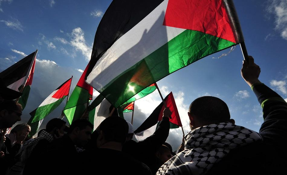 Palestinian flags ©CanStockPhoto lucidwaters 950 px.jpg