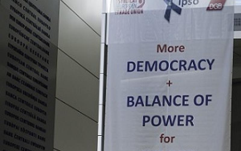 2015-03-11 IPSO TU Banner action ECB democracy FOR WEB