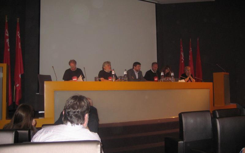 19 June 2013, from left to right: Jan Willem Goudriaan, EPSU, Guido Rasschaert, CGSP-ACOD,  John Crombez, Secrétaire d'Etat, Jean-Paul Devos, CSC Services publics, Nadja Salson, EPSU, Anny Swaertebroekx, SLFP