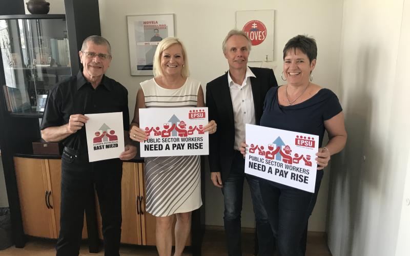 Caption With President Maria Mayerova, Sloves KOZ Bratislava 24.08.2017 - Pay rise campaign