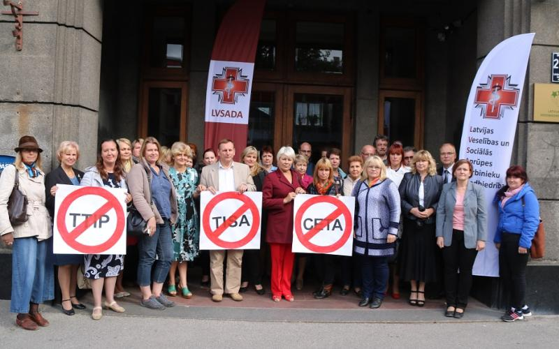 Protest of Latvian health workers against CETA, TTIP and TISA, in Solidarity with EU wide demonstrations, 20 September 2016, Riga.