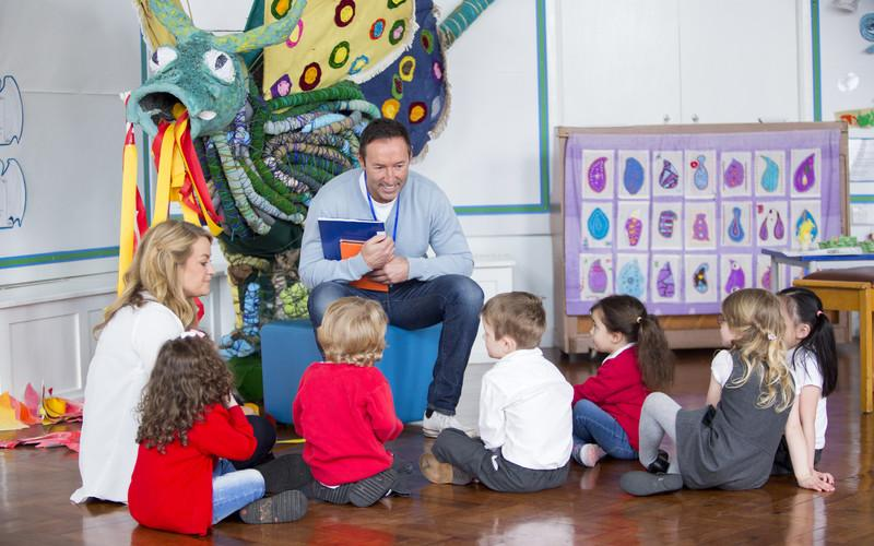 Stock Photo - Storytime at Nursery - DGLimages