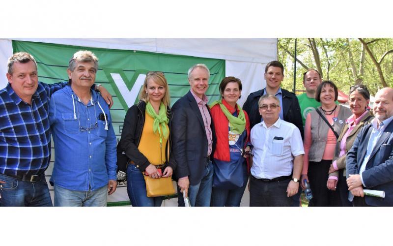 group picture Budapest 1st May 2019 Erno,Viktoria, Joszef, Kati, Karoly, Thiebault, Janos, Jan Willem