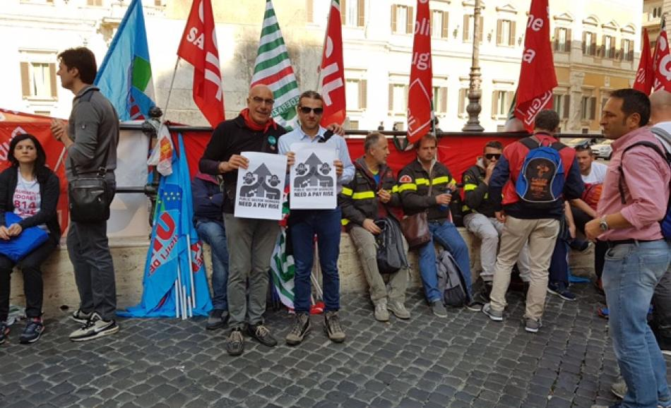 Firefighters 17 October 2017, Italy