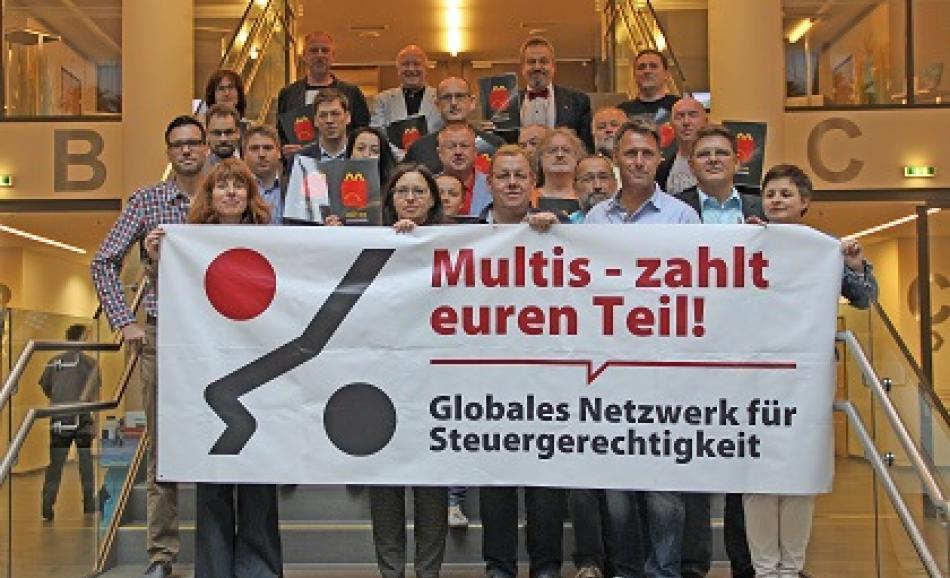 """Workers pay their tax etc"", Vienna,  24 June, Tax justice meeting by  EPSU and  Austrian affiliates, GdG-KMSfB and GöD with the participation of 20 trade union delegates from central, regional, local government,  Martina Neuwirth, VIDC/Global Alliance for Tax Justice, Austria, and Otto Farny from the Austrian Chamber of  labour"