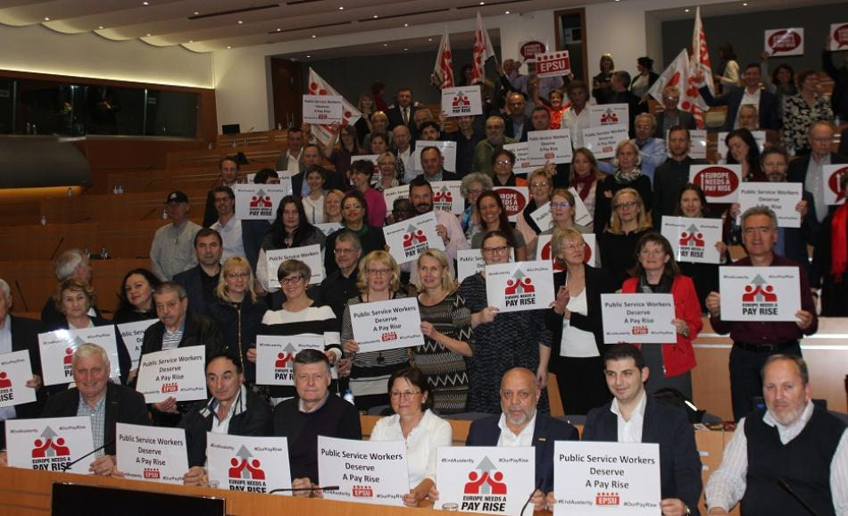 EPSU Executive Committee members support ETUC Pay Rise campaign 6-7 April 2017