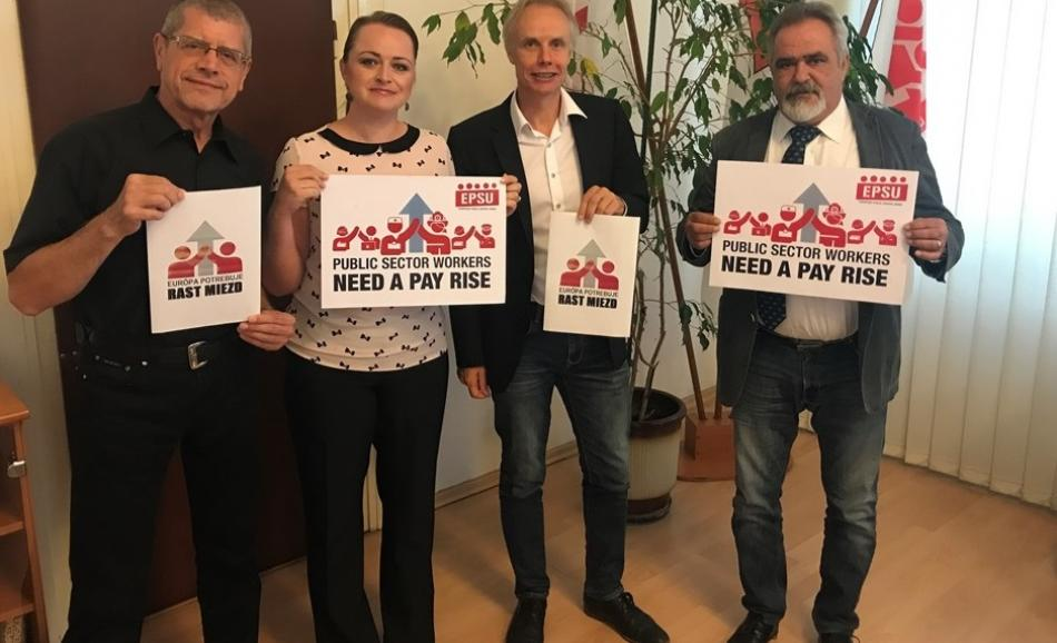 With President Josef Koller and Vice-President Monika Uhlerová of the Slovak Confederation KOZ Bratislava 24.08.2017 - Pay rise campaign