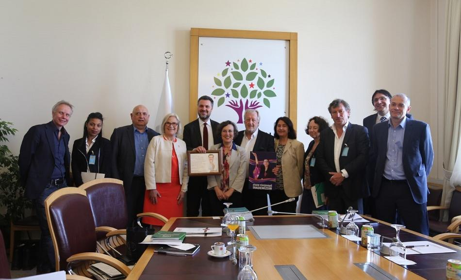 ETUC and ITUC mission in Turkey, meeting in Turkish parliament with HDP group 3 May 2017